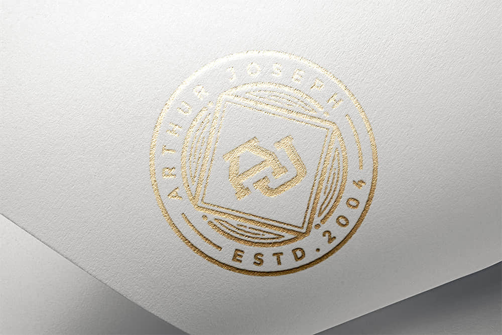 logo展示psd样机白卡烫金效果图
